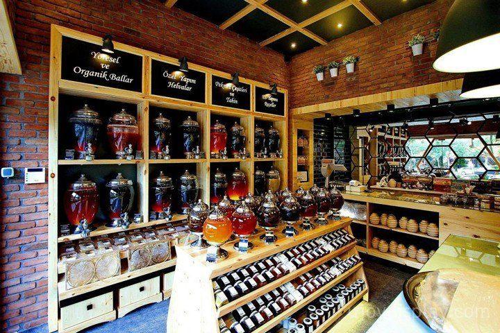 30 impressive retail store interior design_ujoydisplay.com (14)