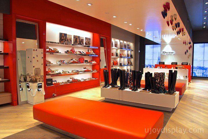 30 impressive retail store interior design_ujoydisplay.com (23)