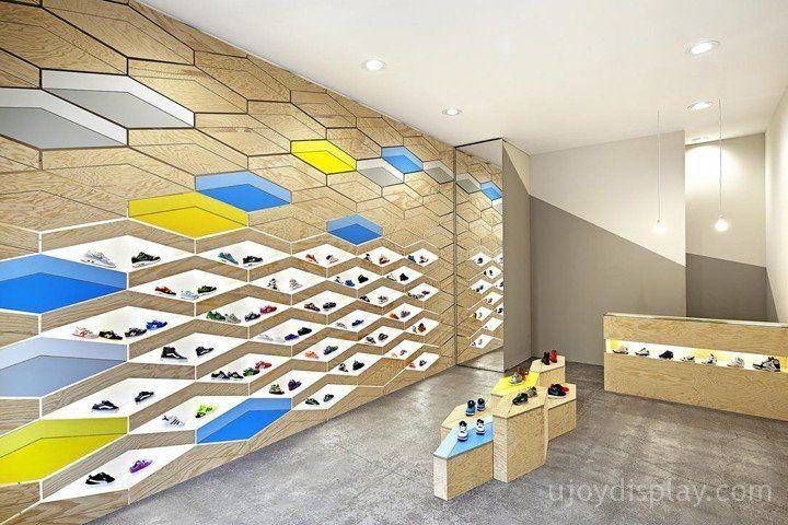 30 impressive retail store interior design_ujoydisplay.com (29)