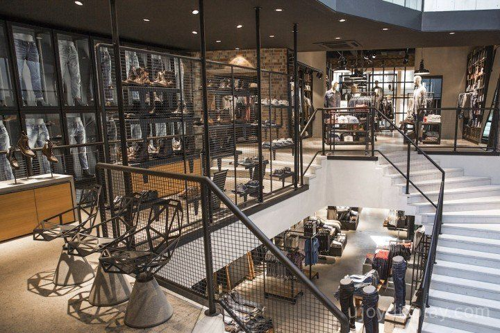 30 impressive retail store interior design_ujoydisplay.com (3)