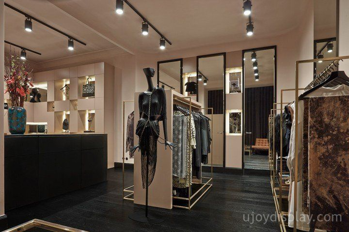30 impressive retail store interior design_ujoydisplay.com (31)