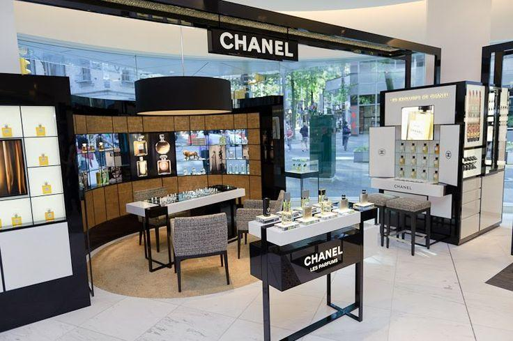 Perfume Store Design and Display Cabinet (1)