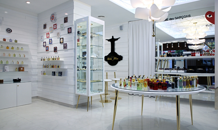 Perfume-Store-Design-and-Display-Cabinet-15